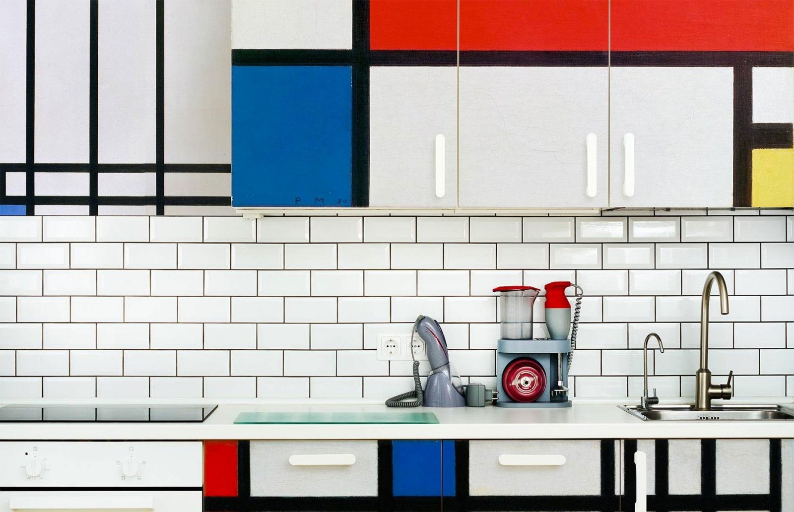 A Bright Idea: Go bold with your tile color – Tiles For Sale Cape Town