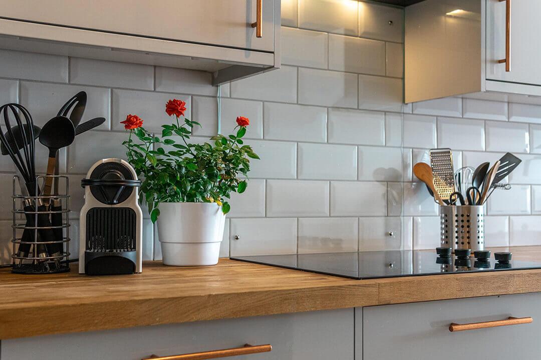 Enhancing Your Kitchen Splashback Tiles