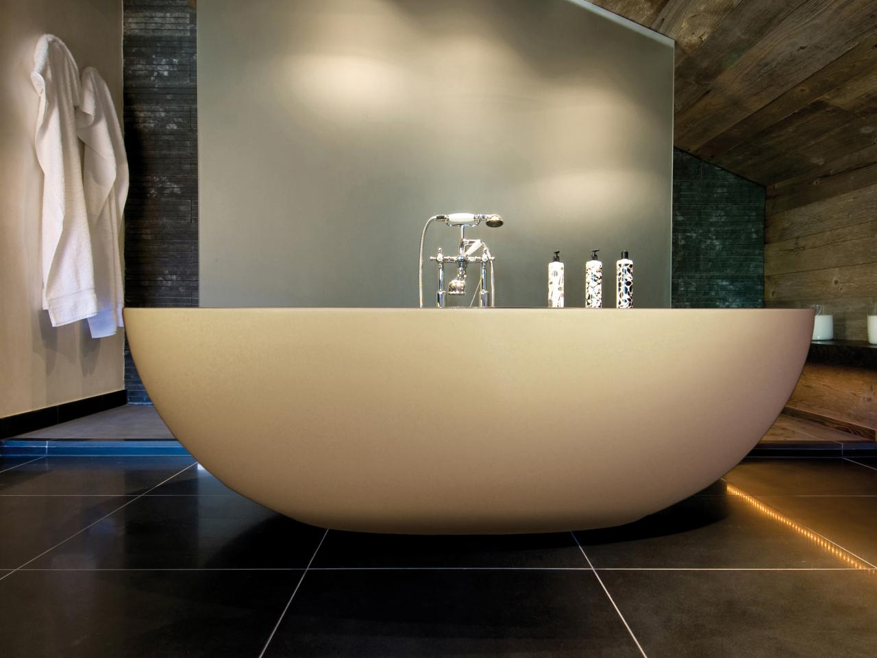 why you should add a Freestanding Bath to your Bathroom