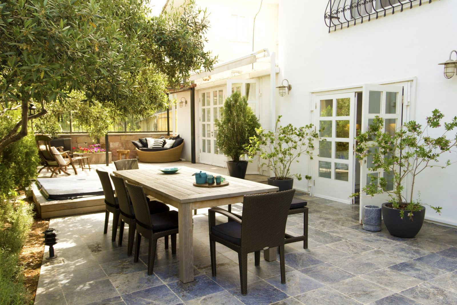 How To Spice Up Your Outdoor Space